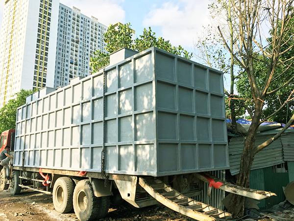 Bồn xủ lý nước thải 85 m3 đang được vận chuyển đi bàn giao cho khách hàng